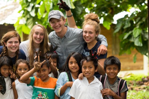 ecuador-high-school-community-service-program-2